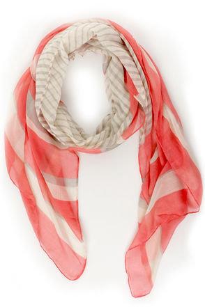 Technique pour mettre un foulard en soie   Mesconseilsbeaute f2ed7a00750